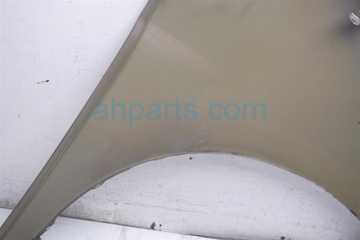 2007 Honda Odyssey Driver Fender   Gold   Dent Up Front 60261 SHJ A90ZZ Replacement