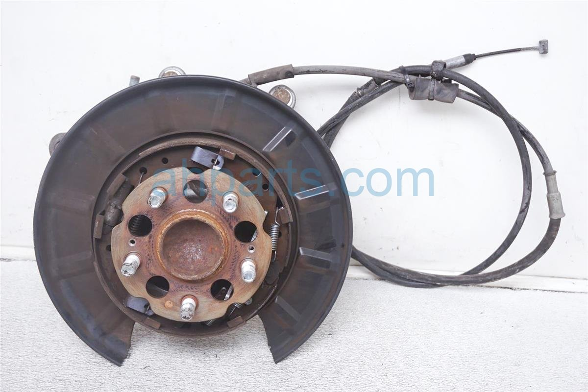 2007 Honda Odyssey Axle Stub Rear Driver Spindle Knuckle + Sensor Wire 52215 SHJ A00 Replacement