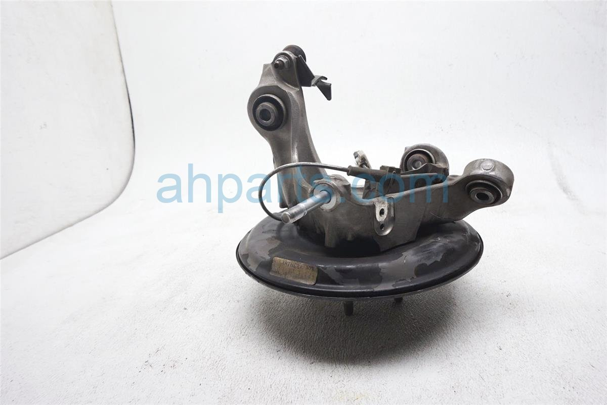 2017 Honda Accord Axle Stub Rear Passenger Spindle Knuckle   52210 T2F A00 Replacement
