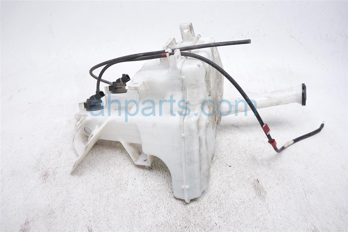 2012 Toyota Prius Washer Reservoir Tank 85315 52400 Replacement