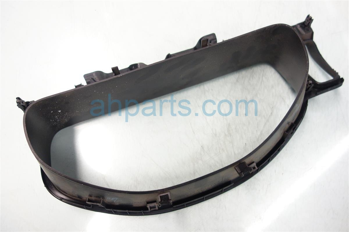 2003 Honda CR V SPEEDOMETER BEZEL 77200 S9A A00ZD 77200S9AA00ZD Replacement