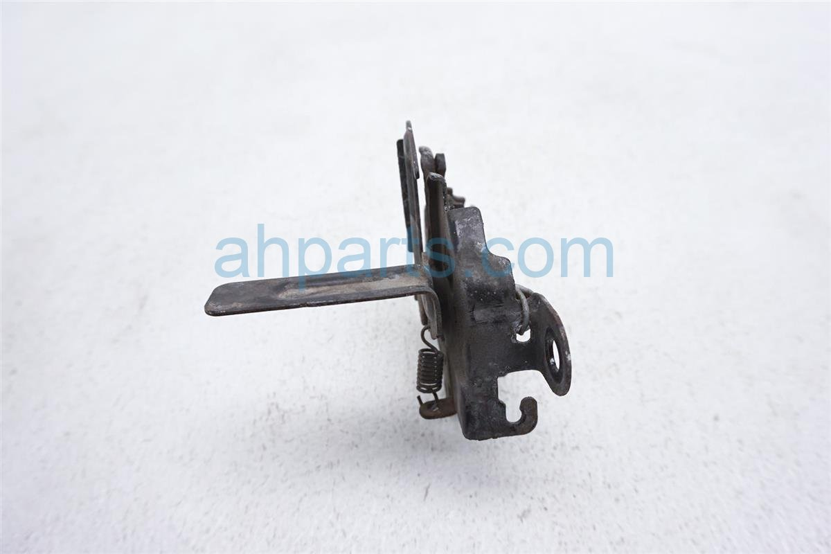 Sold 2012 Toyota Prius Hood Latch 53510 52800 Replacement