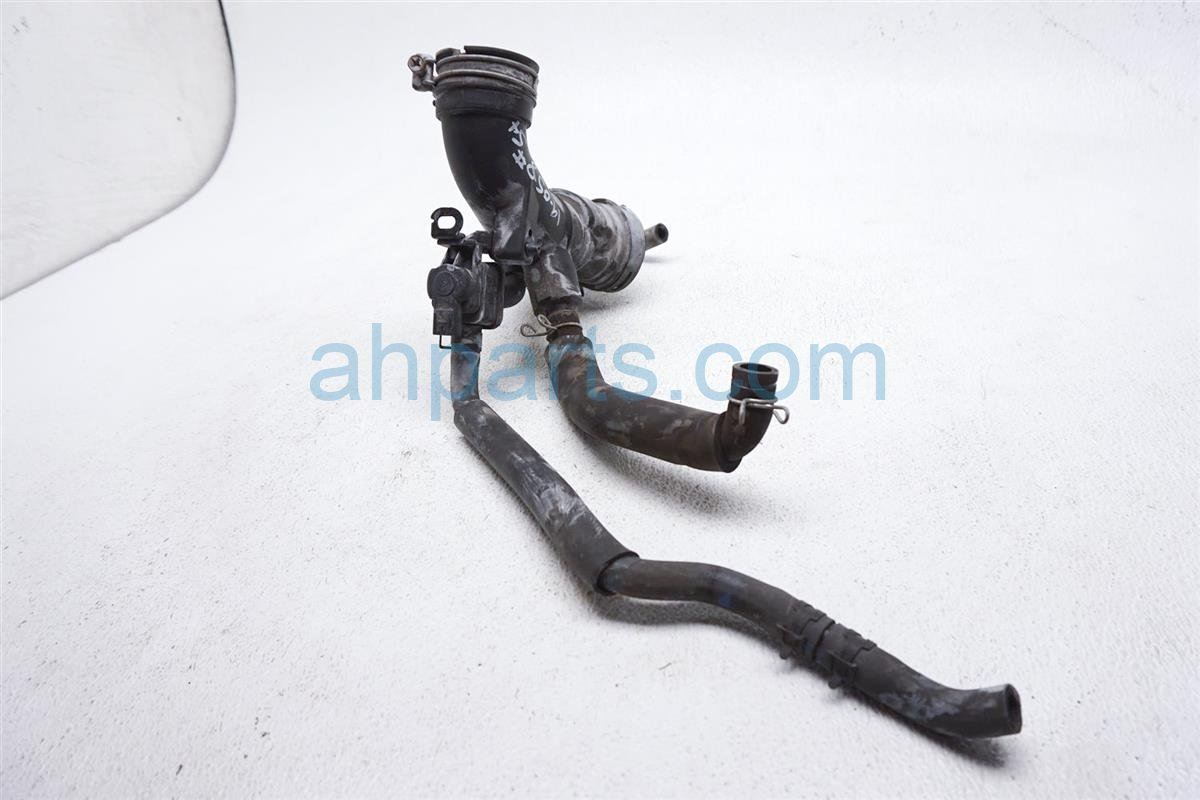 2012 Toyota Prius Air Cleaner Intake Tube 17881 21130 Replacement