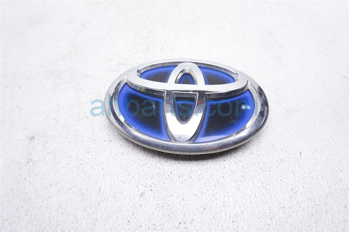 Sold 2012 Toyota Prius Front Bumper Emblem 75310 52010 Replacement