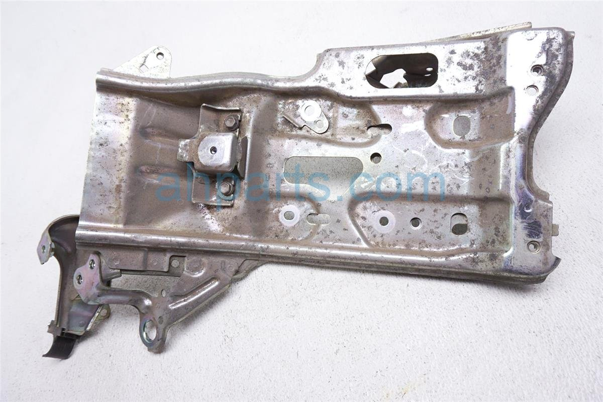 2012 Toyota Prius Battery Inverter Mount Bracket Tray G9110 52010 Replacement