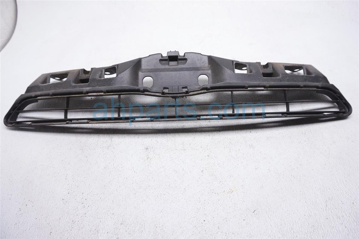2012 Toyota Prius Upper Grille 53111 52570 Replacement