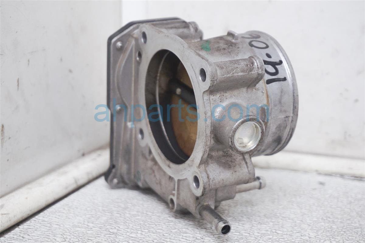 2011 Nissan Frontier Throttle Body   16119 7S00A Replacement