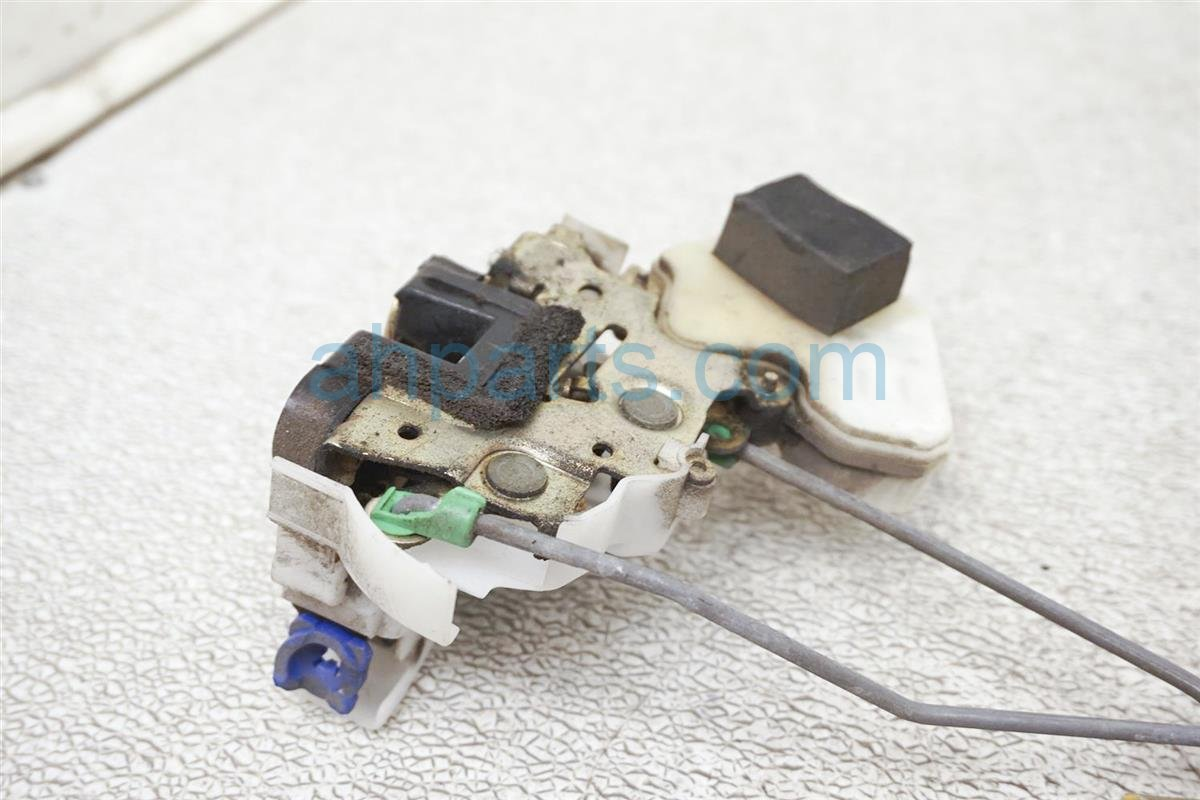 2003 Nissan Xterra 4dr Front Passenger Door Latch Actuator Lock 80502 9Z415 Replacement