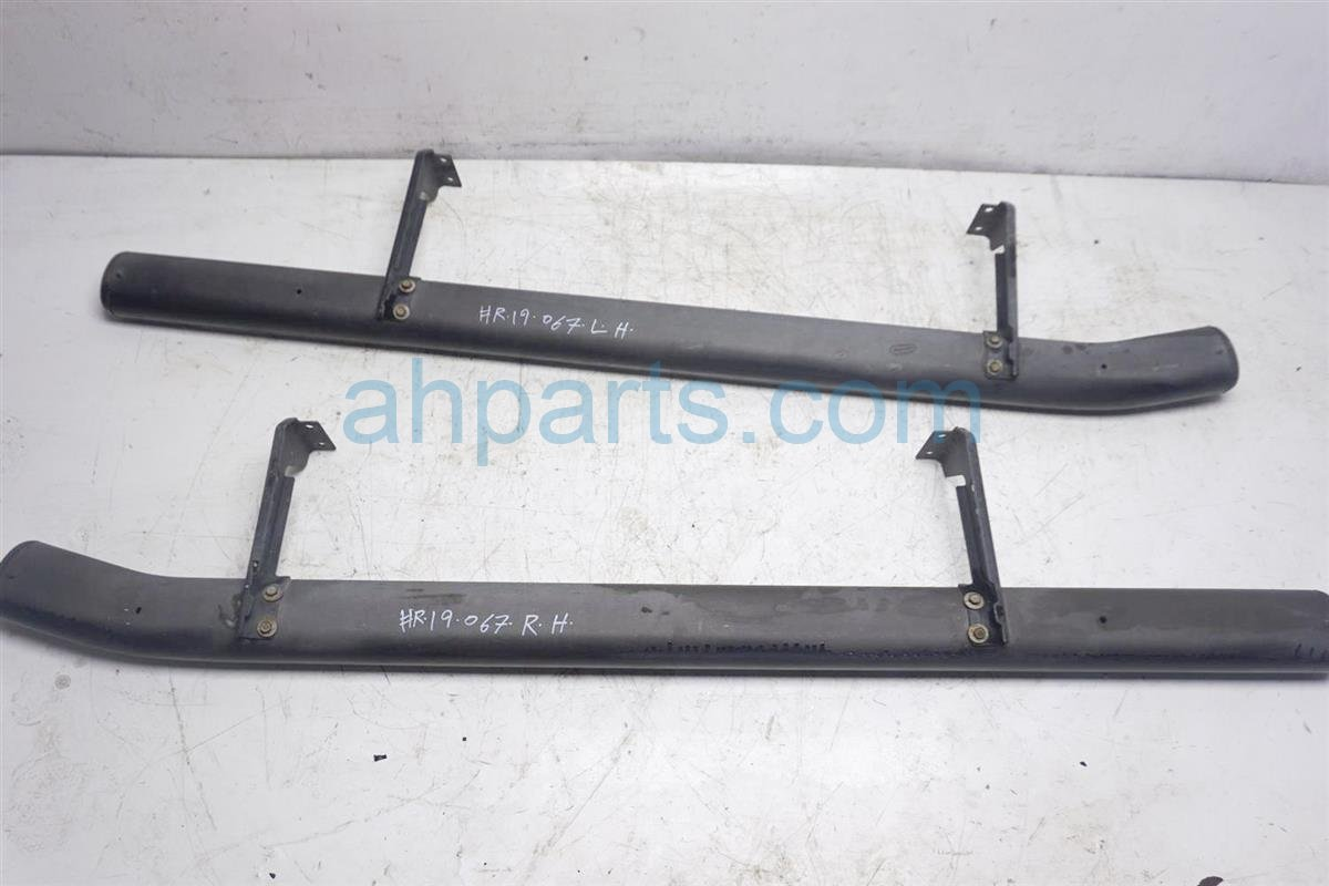 2003 Nissan Xterra Running Board Driver And Passenger Side Steps 96110 7Z960 Replacement