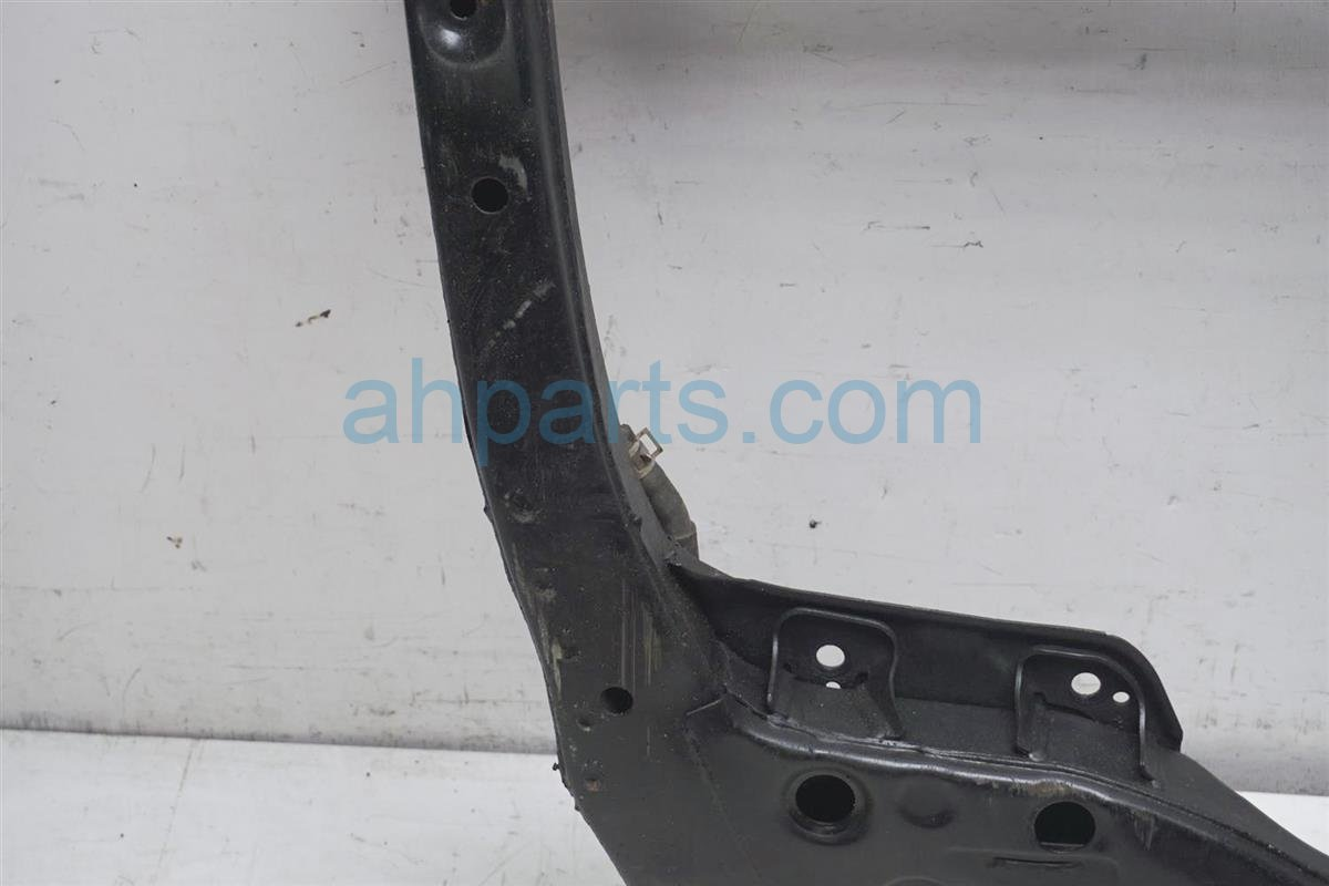 2001 Lexus Rx300 Crossmember Front Sub Frame/cradle Beam 51100 48010 Replacement