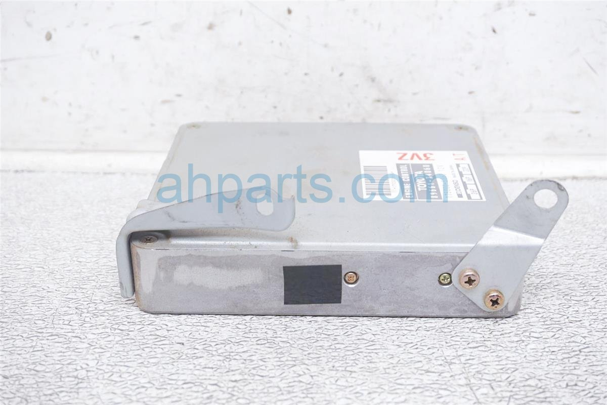 1994 Toyota T100 Ecu Control Module / Engine Computer   At 89661 34060 Replacement