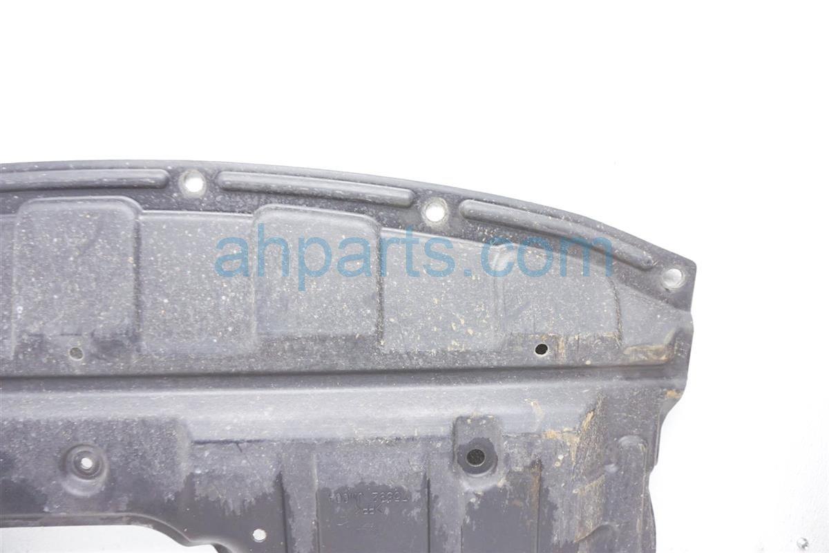 2012 Nissan Rogue Under Engine Cover Splash Shield 75892 JM00A Replacement