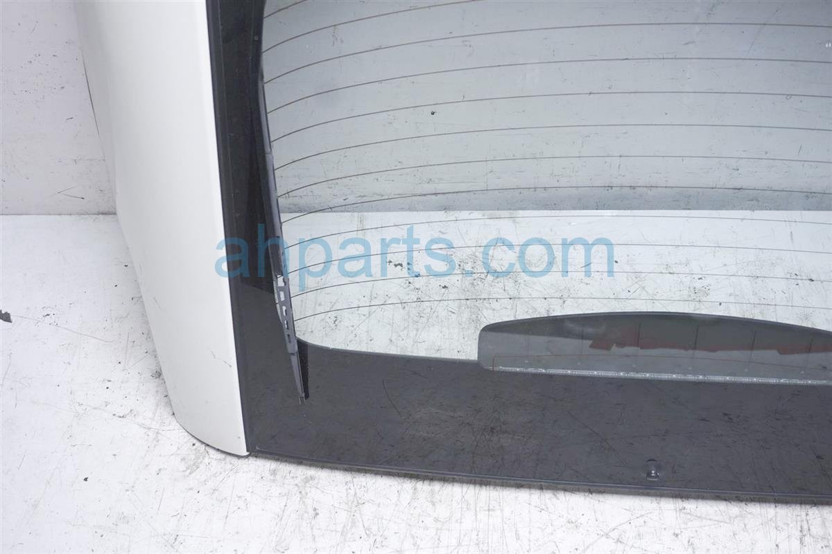 2006 Nissan 350z Deck Lid/rear Trunk   White K0100 CD7MM Replacement