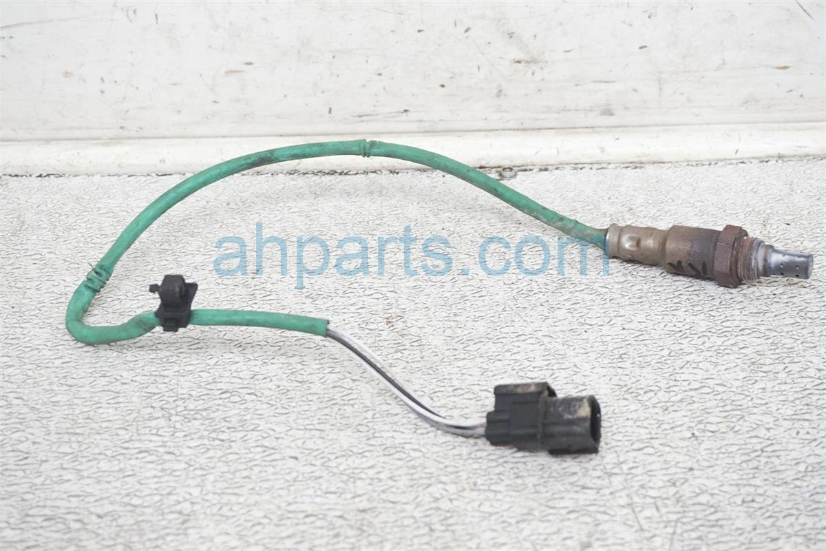 2010 Honda Accord Rear Exhaust Manifold Oxygen Sensor 36542 R70 A01 Replacement