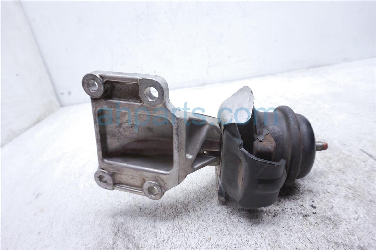 2006 Nissan 350z Engine/motor Passenger Engine Mount 11220 CD002 Replacement