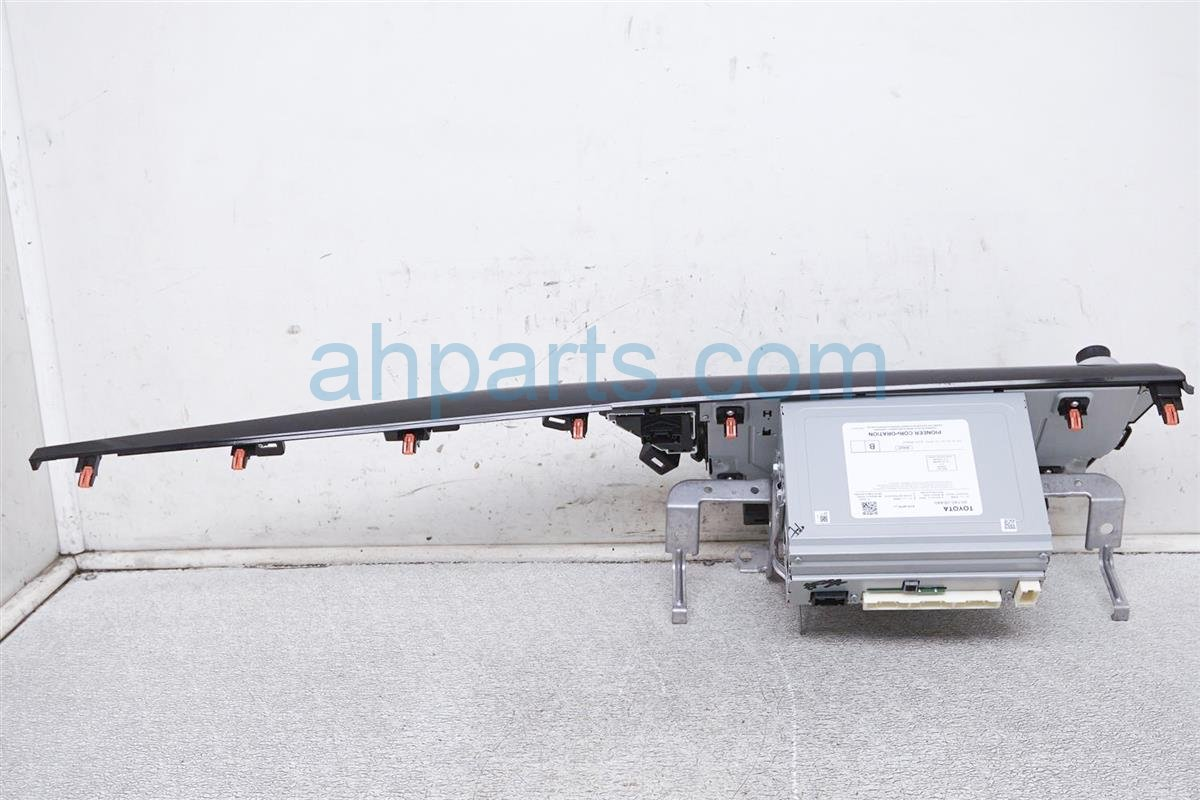 2018 Toyota Camry Am/fm Radio Display Assy 86140-06440 Replacement
