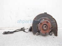 $75 Toyota FR/LH AXLE / HUB ASSEMBLY