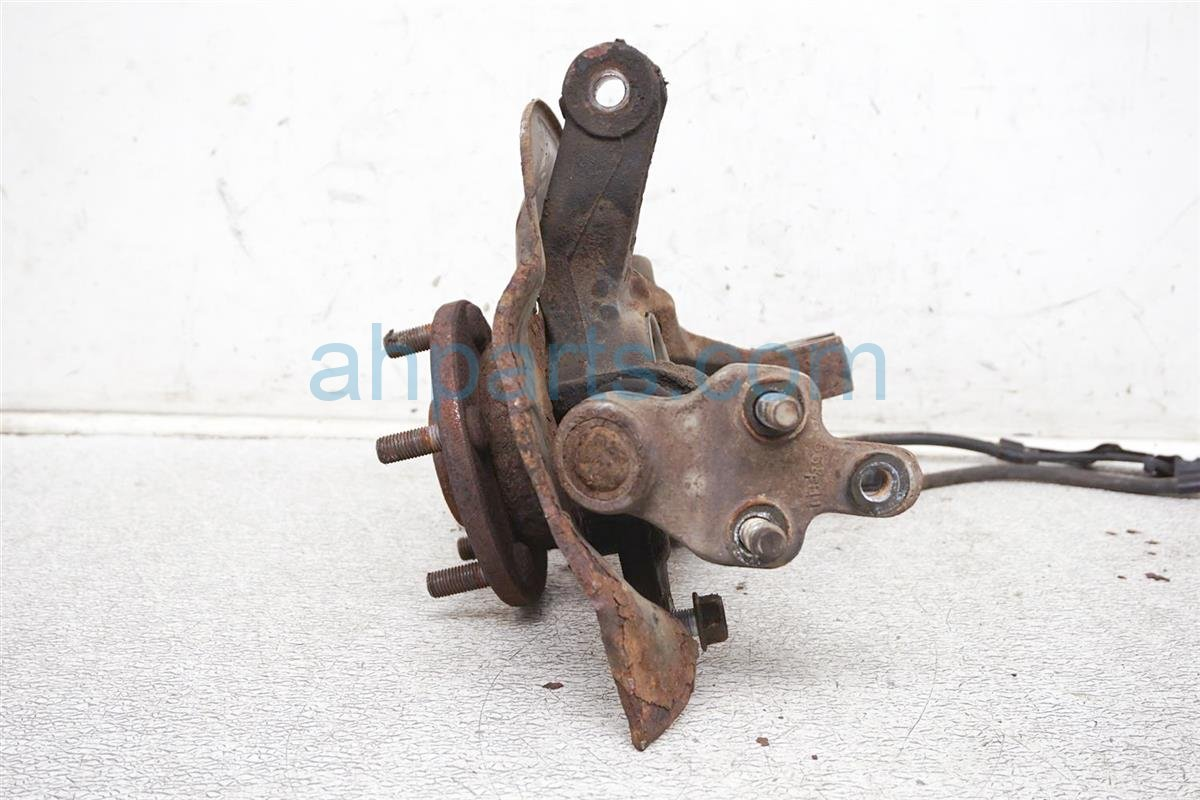 2005 Toyota Camry Spindle Knuckle Front Driver Axle / Hub Assembly 43212 AA010 Replacement