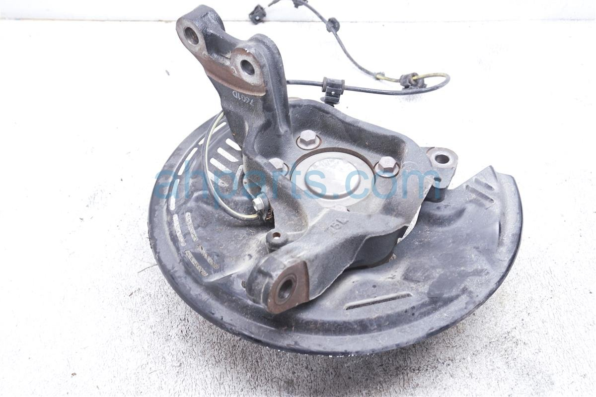 2017 Toyota 86 Hub Front Driver Spindle Knuckle SU003 07498 Replacement