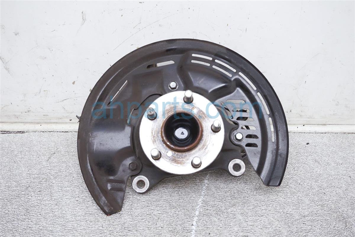 2017 Toyota 86 Front Passenger Spindle Knuckle Hub SU003 07497 Replacement