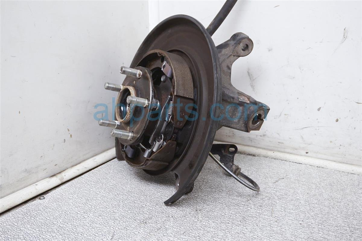 2017 Toyota 86 Axle Stub Rear Driver Knuckle Spindle Hub SU003 00784 Replacement