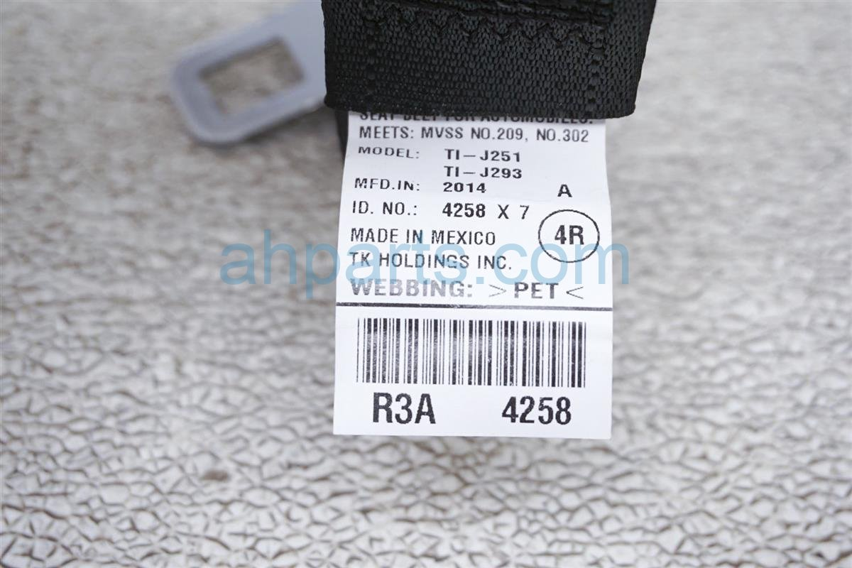2015 Honda Civic Rear Passenger Seat Belt - Black 04824-TR3-A00ZD  Replacement