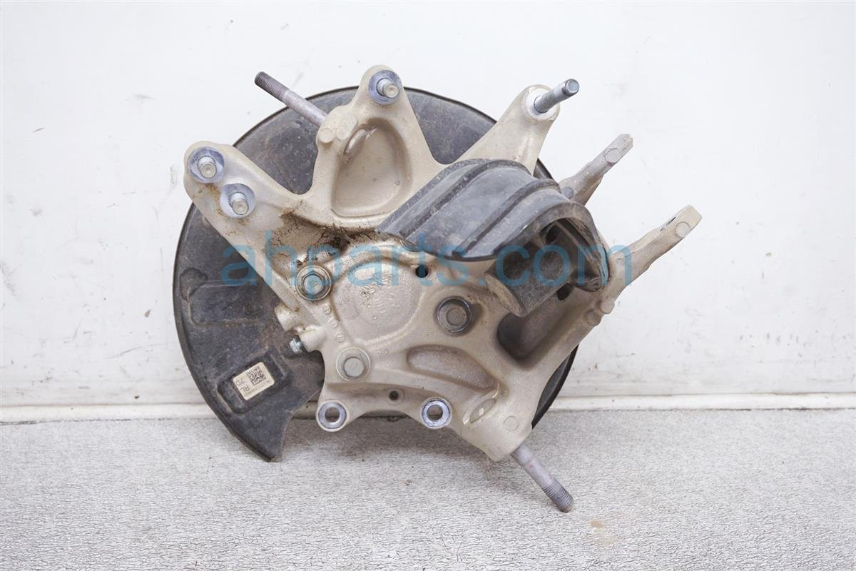 2018 Honda Odyssey Axle Stub Rear Driver Spindle Knuckle Hub 52215 THR A01 Replacement