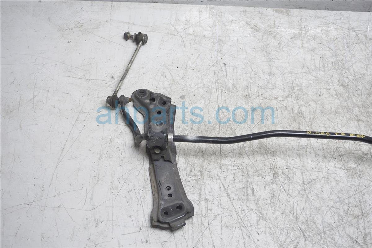 2017 Toyota 86 Front Stabilizer / Sway Bar SU003 00391 Replacement