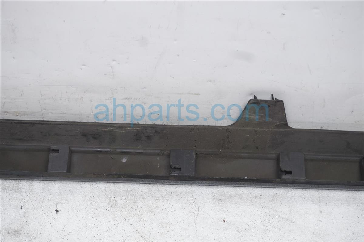 2003 Acura TL Rocker Trim Passenger Side Skirt / Molding   Black 71800 S0K 305ZL Replacement