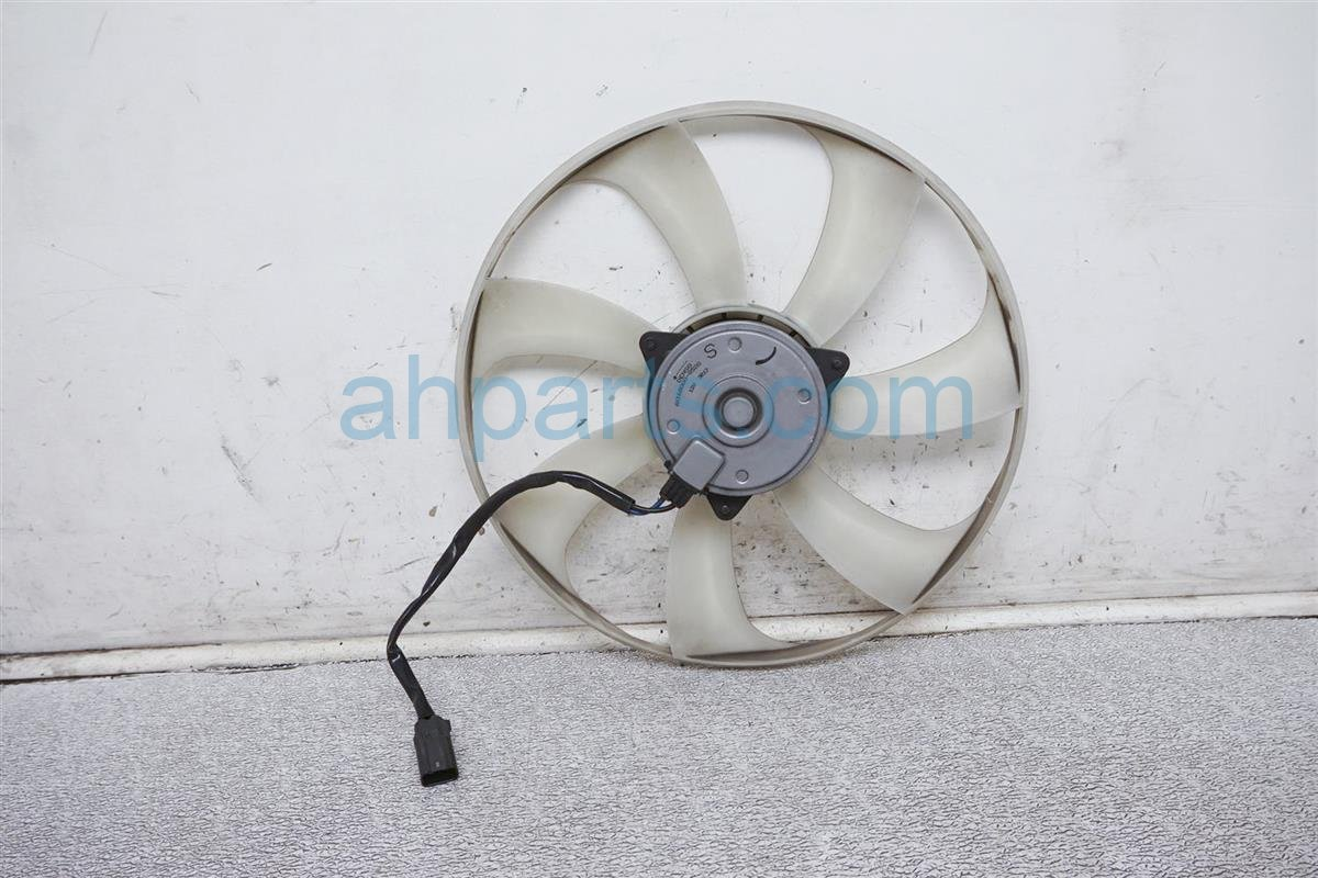 2014 Honda Odyssey Cooling Condenser Fan Motor 38616 RV0 A01 Replacement