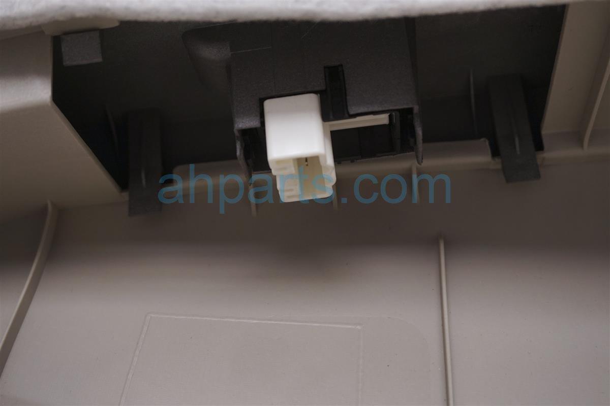 2008 Toyota Prius Panel / Liner Rear Driver Interior Door Trim   Tan 67640 47180 C0 Replacement