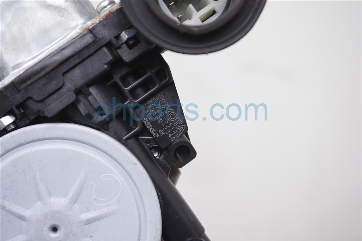 2008 Toyota Prius Front Rear Driver Door Window Regulator 69802 52070 Replacement
