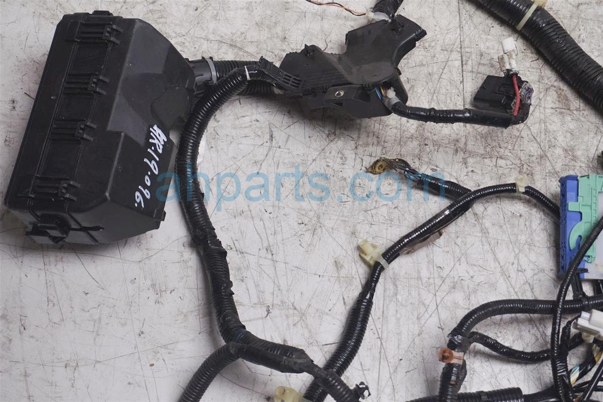 A Engine Wire Harness on