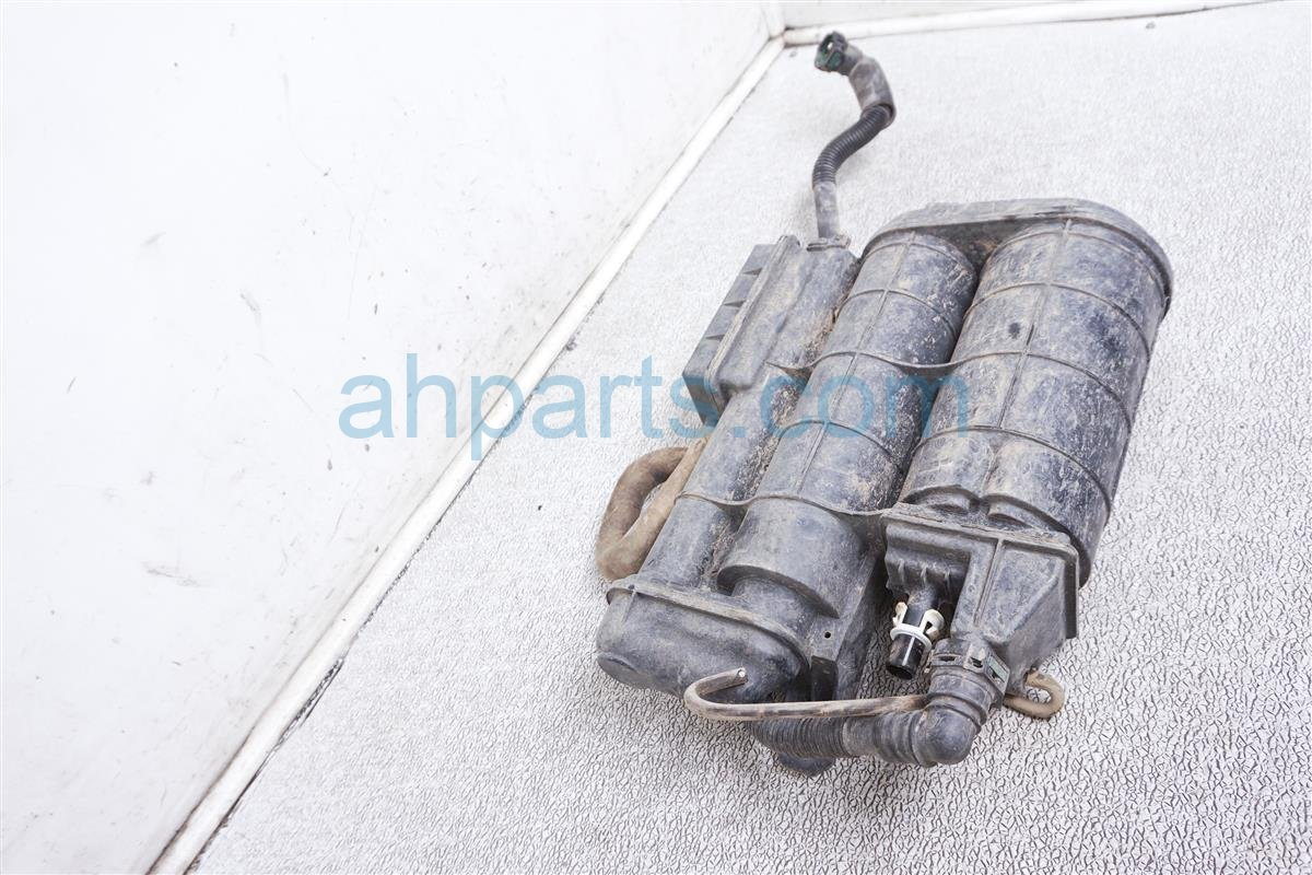 2018 Honda Odyssey Fuel Vapor Charcoal Canister 17011 TRX A01 Replacement