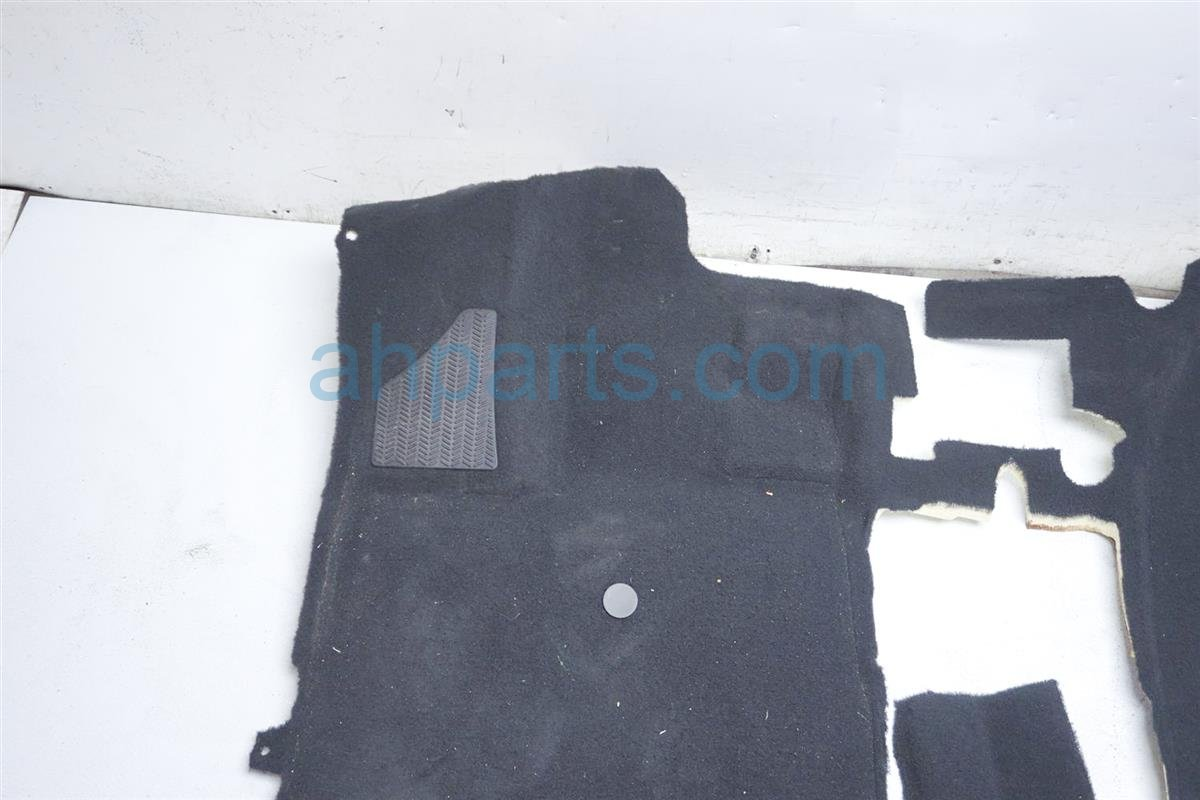 2018 Honda Odyssey Ground Front Floor Carpet   Black 83301 THR A01ZB Replacement