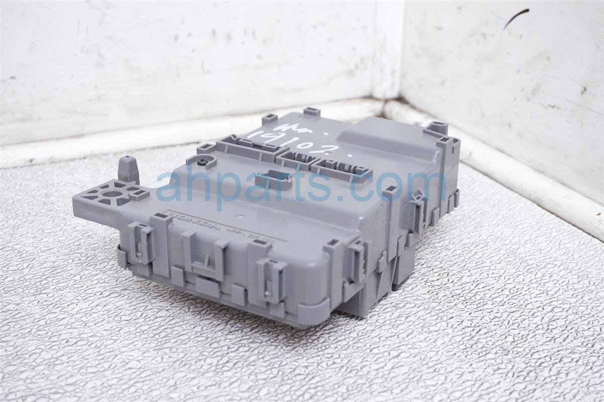 2018 Honda Odyssey Cabin Main Fuse Box 38200 THR A12 Replacement