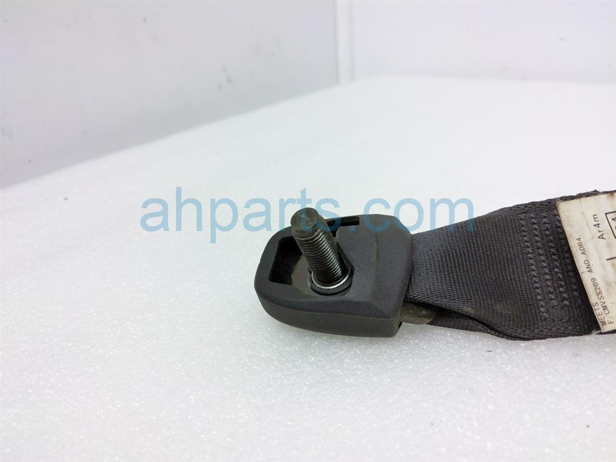 2005 Toyota Rav 4 Rear Passenger Seat Belt   Black 73360 42141 C1 Replacement