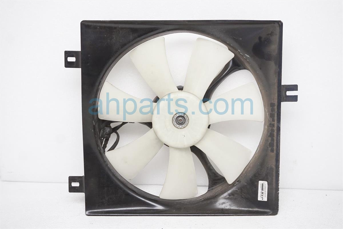 2005 Toyota Rav 4 Cooling Passenger Fan Assembly 16711 28180 Replacement