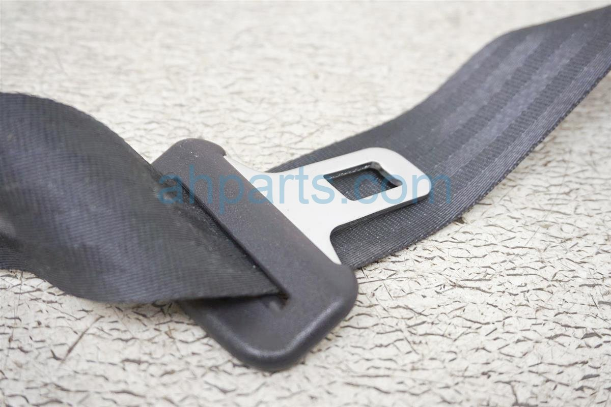 2001 Honda Accord Rear Mid Seat Belt   Black 04823 S82 A01ZA Replacement