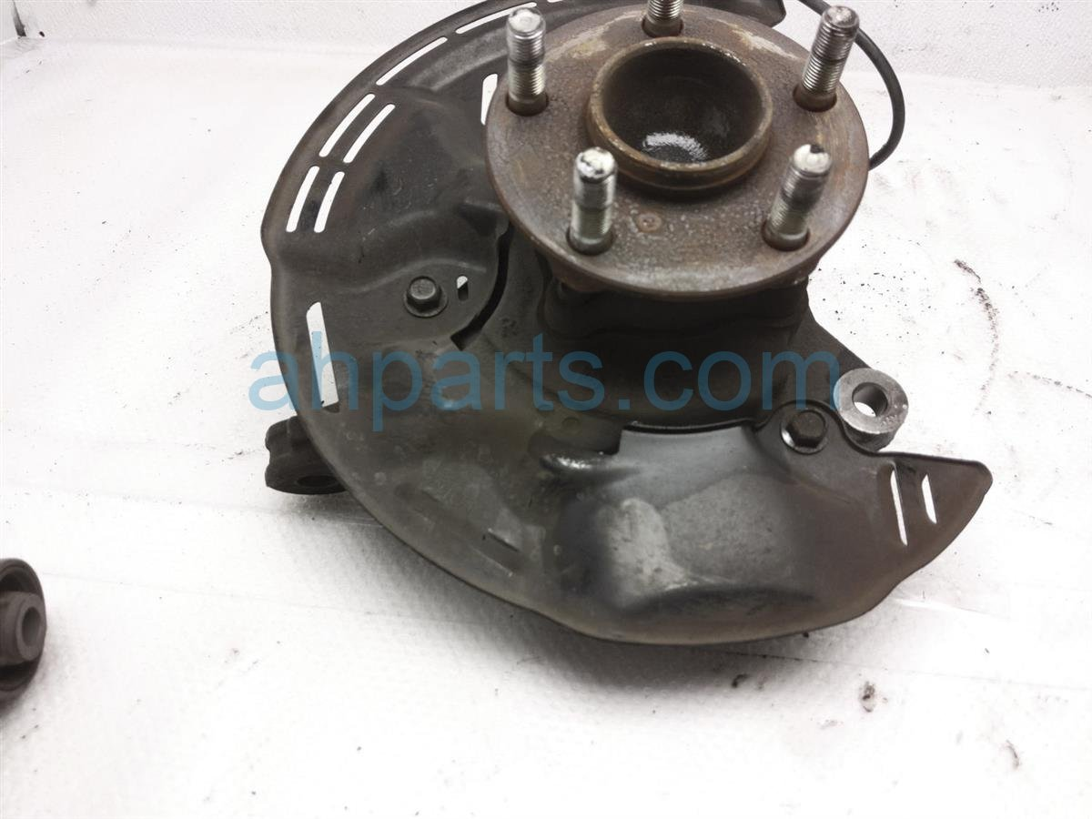 2013 Scion FR S Front Passenger Spindle Knuckle Hub SU003 07497 Replacement