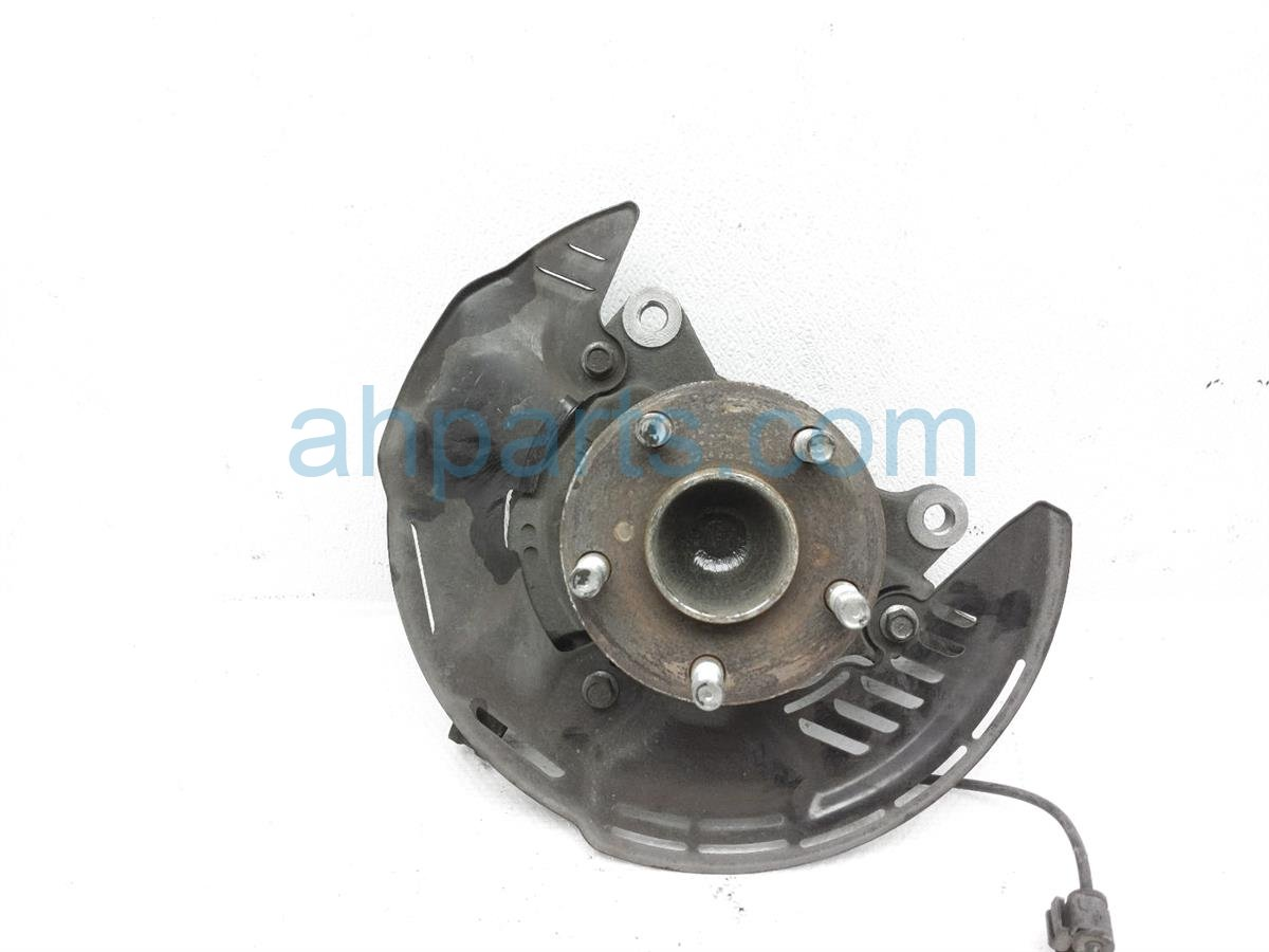 2013 Scion FR S Front Driver Spindle Knuckle Hub SU003 07498 Replacement