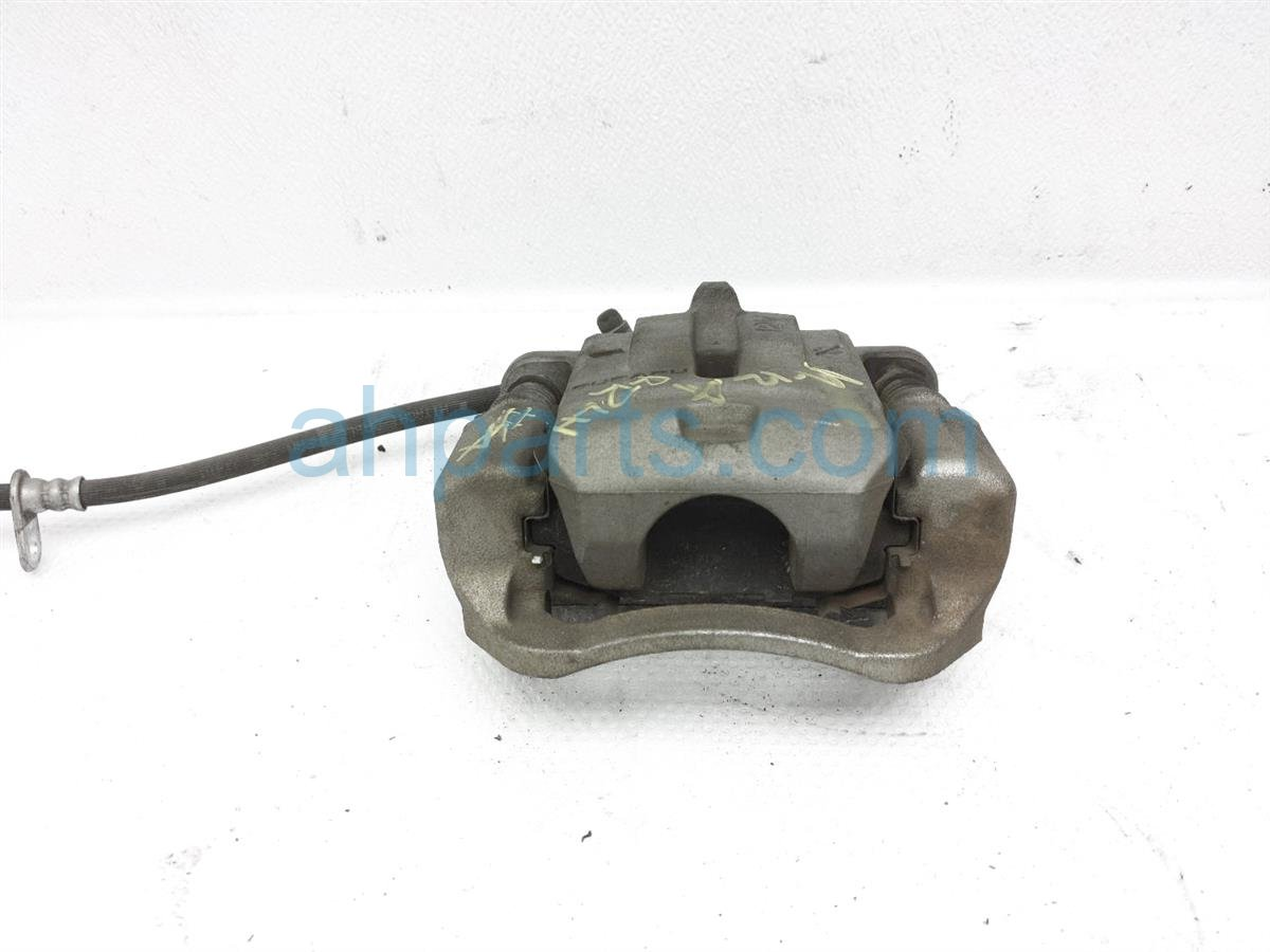 2013 Scion FR S Rear Driver Brake Caliper SU003 04093 Replacement