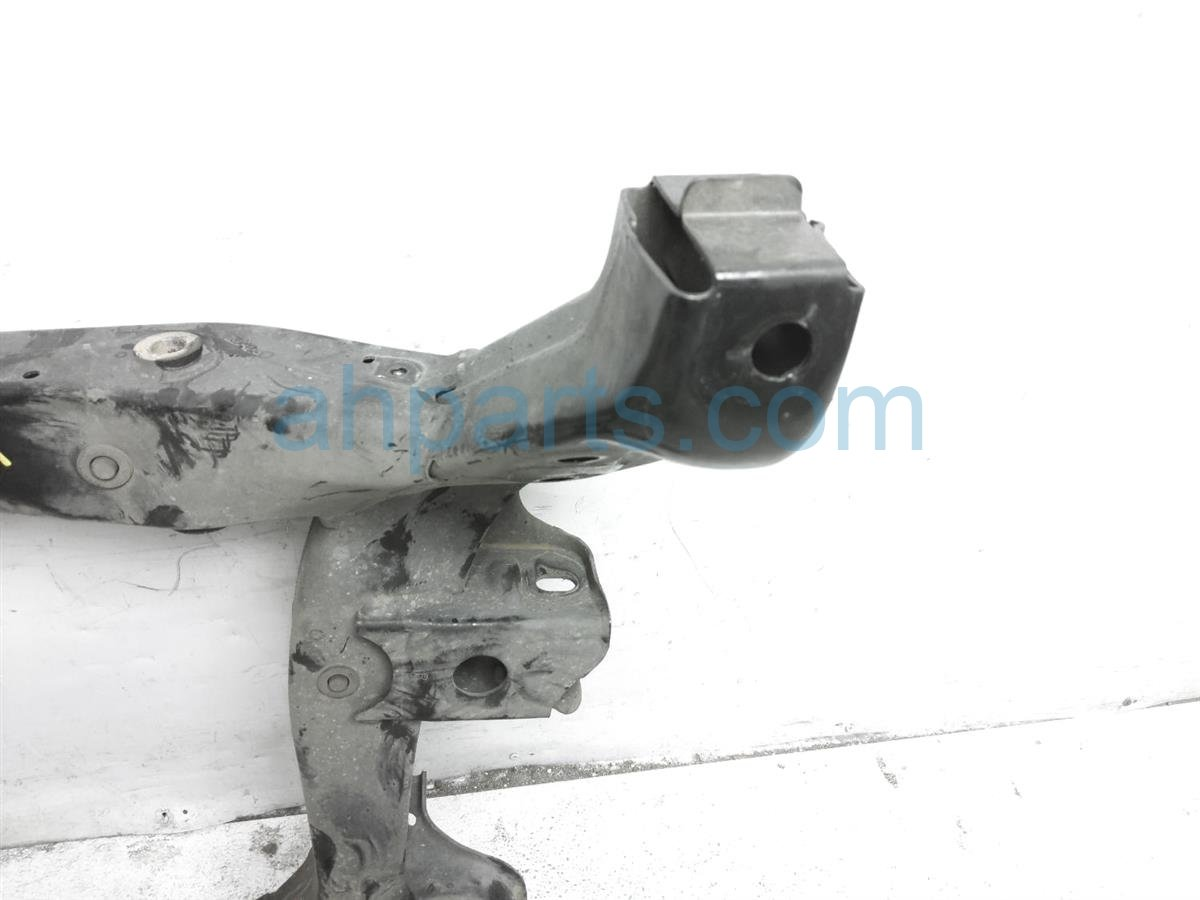 2006 Lexus Gs300 Crossmember Front Sub Frame / Engine Cradle 51100 24011 Replacement
