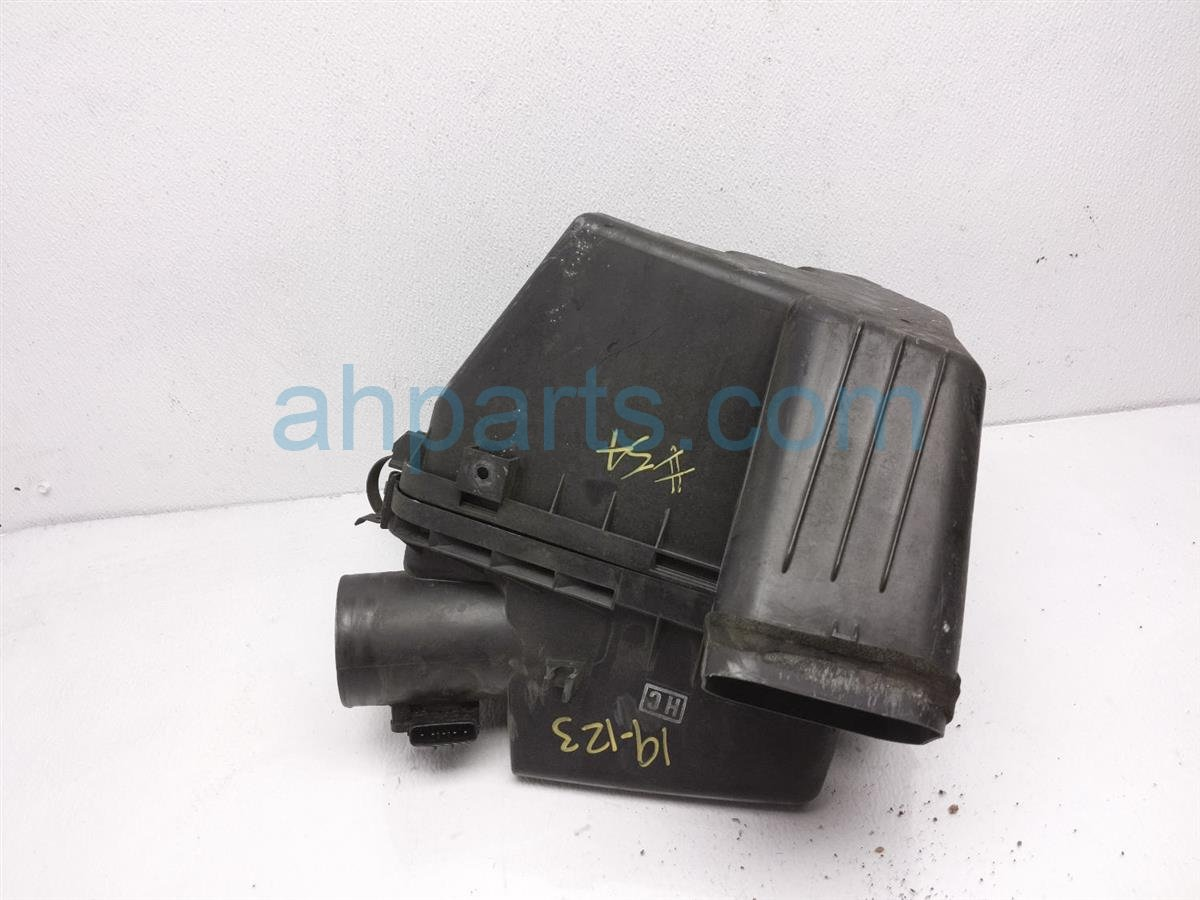 2006 Lexus Gs300 Intake Air Cleaner Box 17700 31570 Replacement