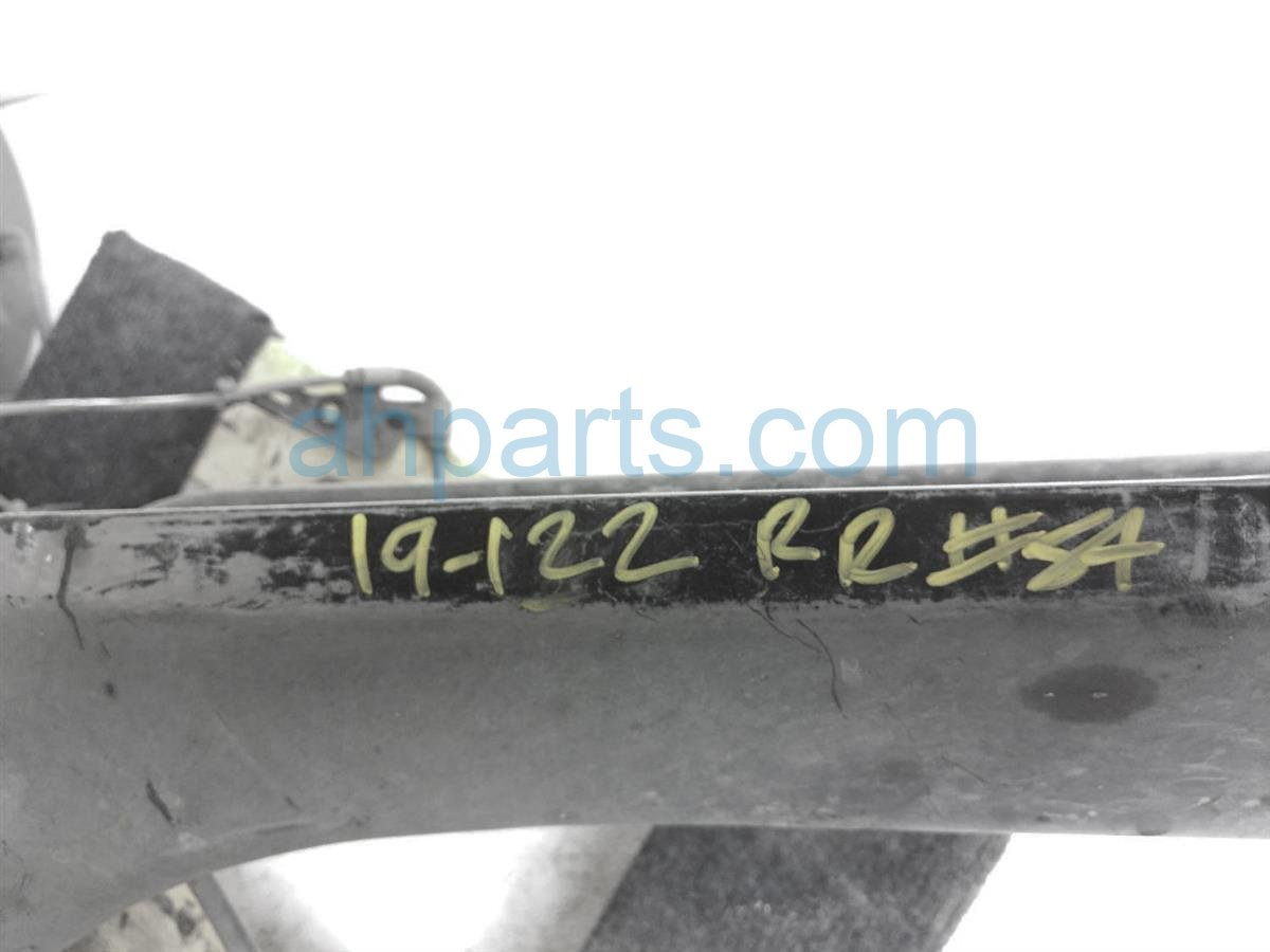 2016 Toyota Corolla Rear Axle Beam 42101 02340 Replacement