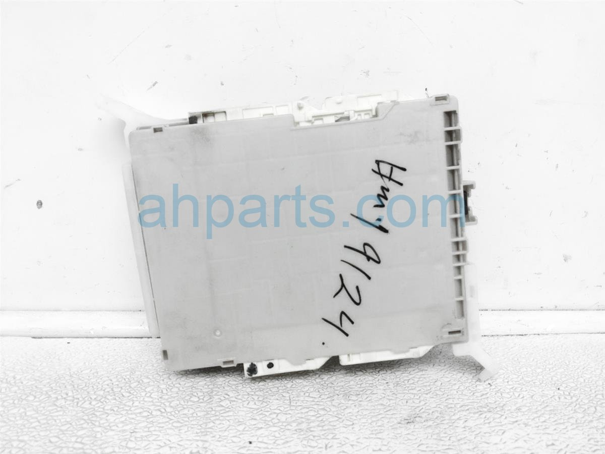 2013 Scion FR S Fuse Box Integrated Control Unit 88281ca201 Replacement