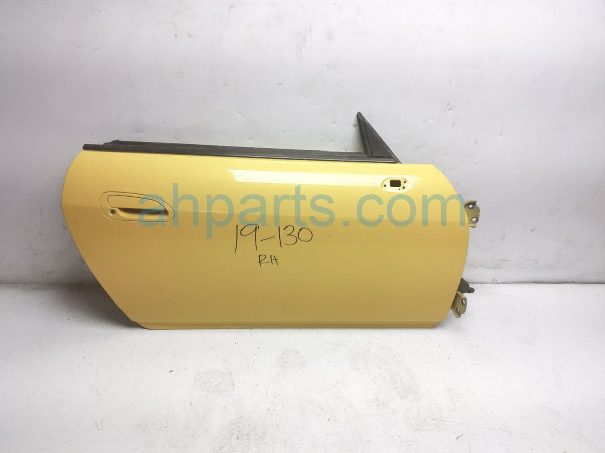 2002 Honda S2000 Front Passenger Door   Yellow   Shell Only 67010 S2A A93ZZ Replacement