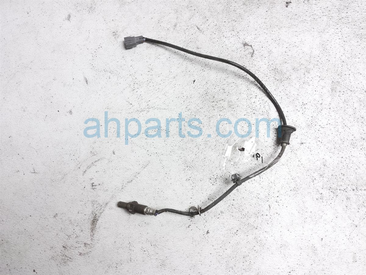 2016 Toyota Corolla Exhaust Pipe Oxygen Sensor 89465 02390 Replacement