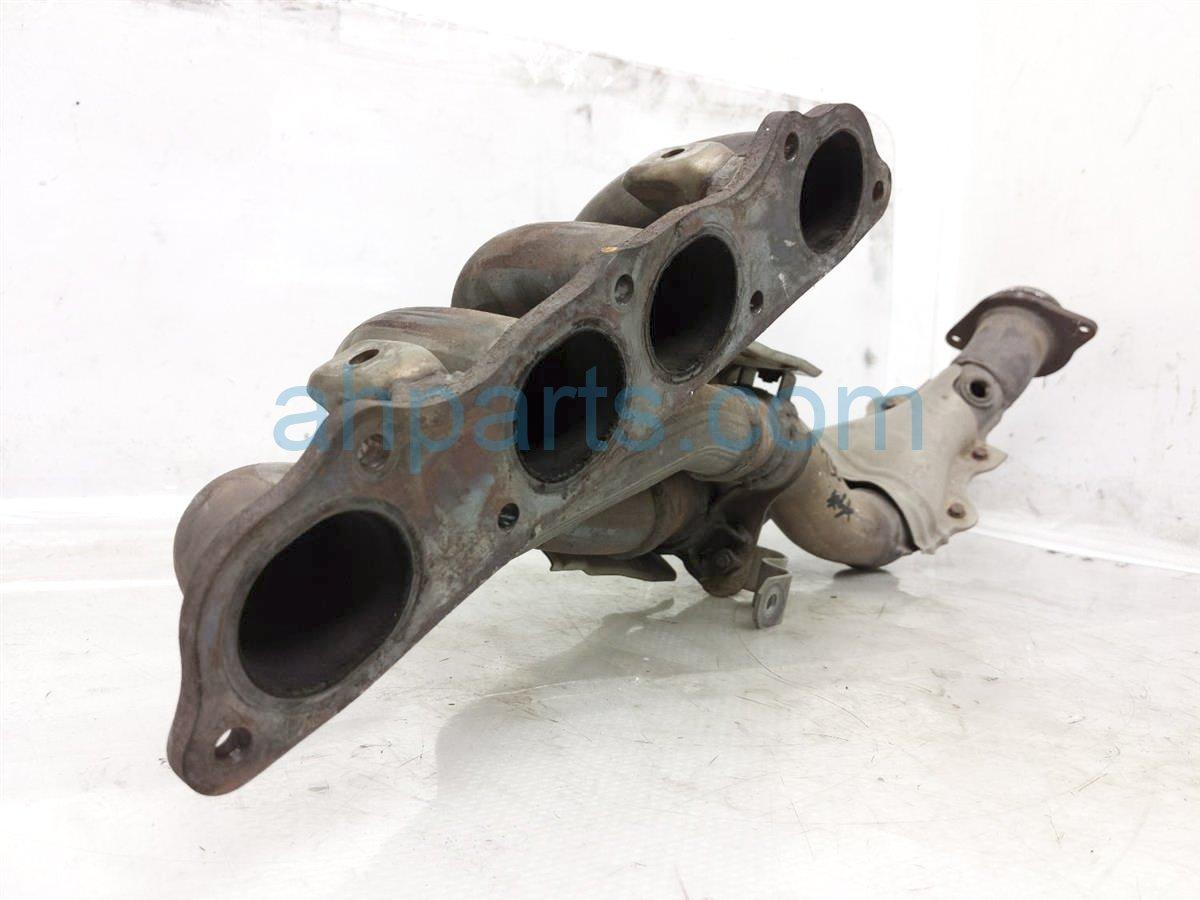 2002 Honda S2000 Exhaust Manifold 18100 PCX 305 Replacement