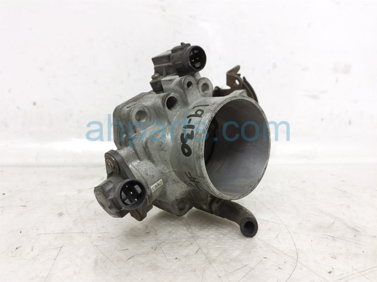 2002 Honda S2000 Throttle Body 16400 PCX A01 Replacement